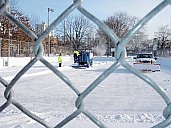 DufferinDec20_08snowstormZamboni.jpg: 300x225, 65k (May 28, 2015, at 03:03 PM EST)